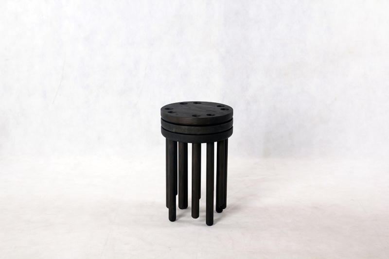 innermost-poke-stool-pb-black-04-lr