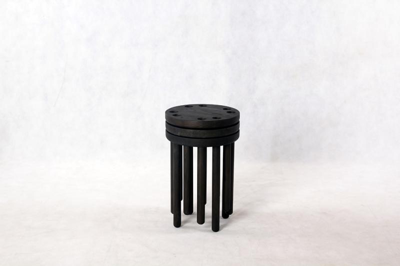 innermost-poke-stool-pb-black-04-lr